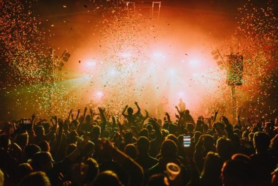 L'ambiance festive en concert en Espagne